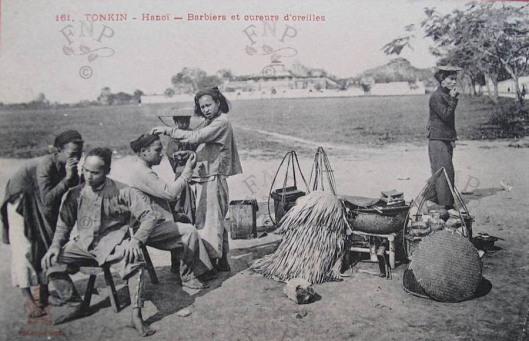 Barbiers Et Cureurs D Oreilles