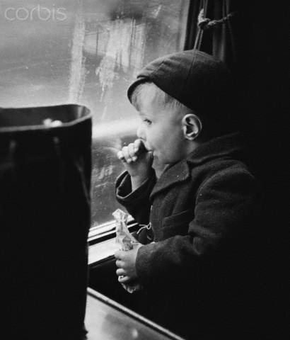 Tren genç evacuee