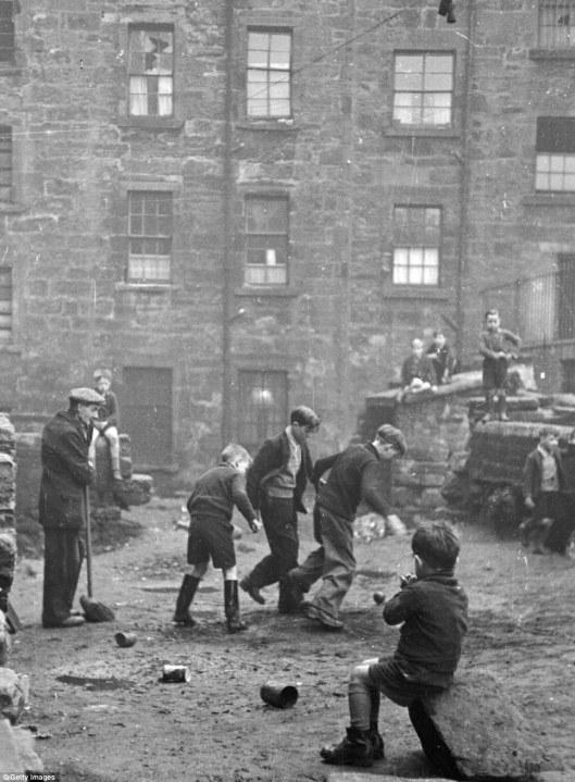 gorbals street1948